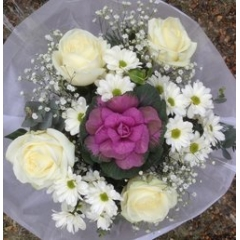 luxury white posy