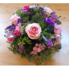 dome oasis posy