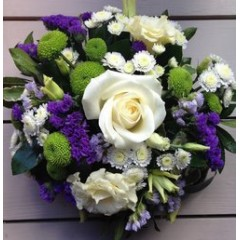 luxe design of the week - vivid oasis posy