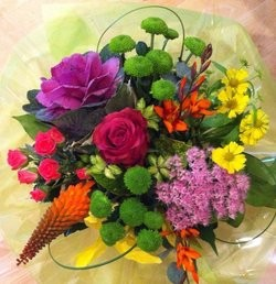 LUXE Design of the Week - Indian Summer Posy